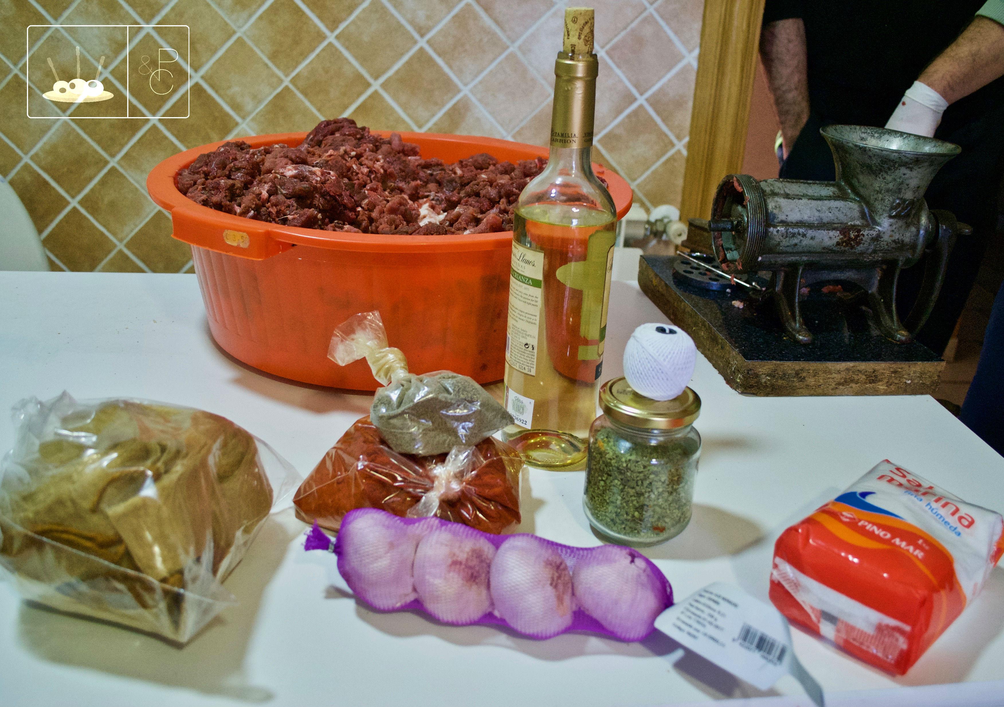 Chorizos De Jabalí Cómo Hacer Chorizos Caseros Pinchos Y Canapés